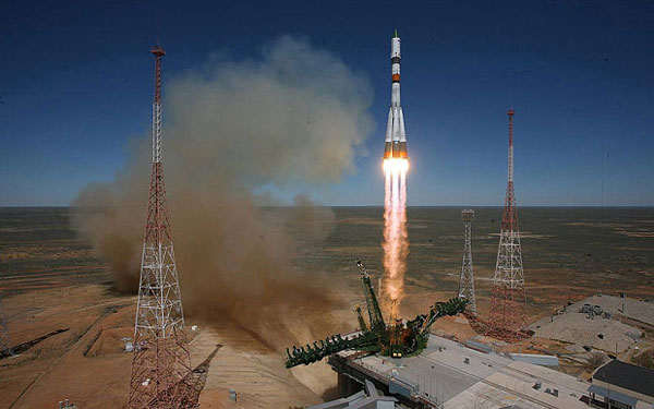Soyuz-2.1a_launch_vehic-s
